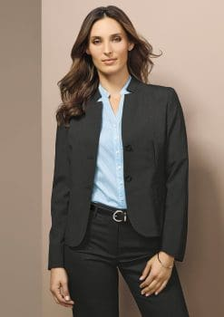 Short-Jacket-with-Reverse-Lapel-Wool-1115